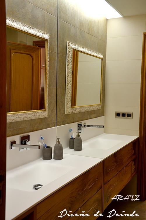 Espejos aratz for Molduras para espejos online